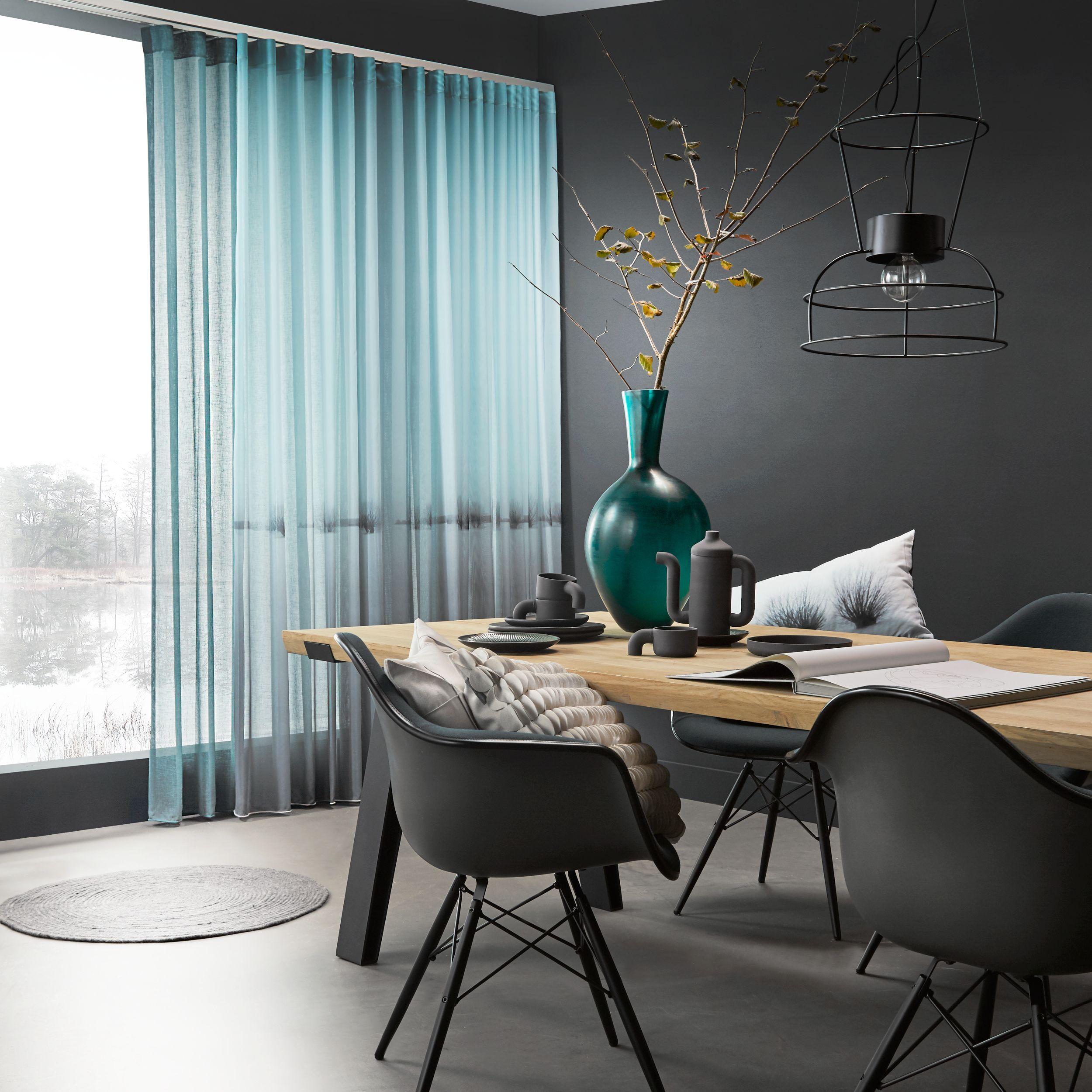 Rustgevend... filter het licht #gordijnen #kussens #curtains ...