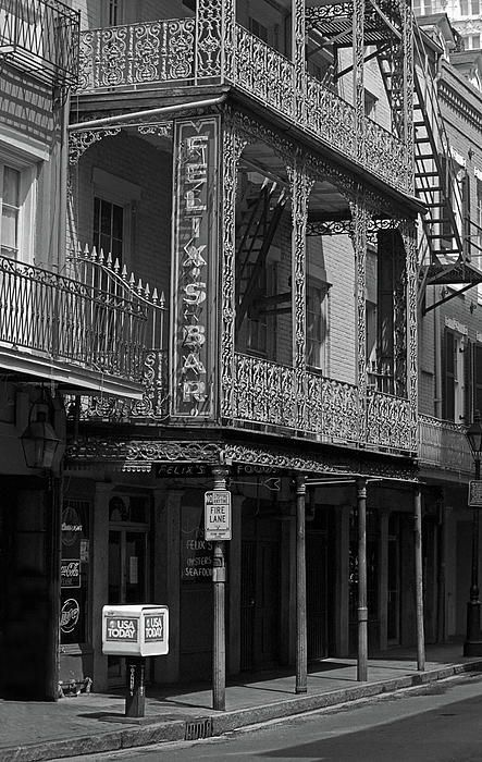 New Orleans. Felix's Bar, on Bourbon Street in New Orleans. Just the right place for this fine drinking establishment.