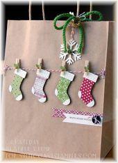 Qué linda manera de decorar una bolsa de papel simple para Navidad …