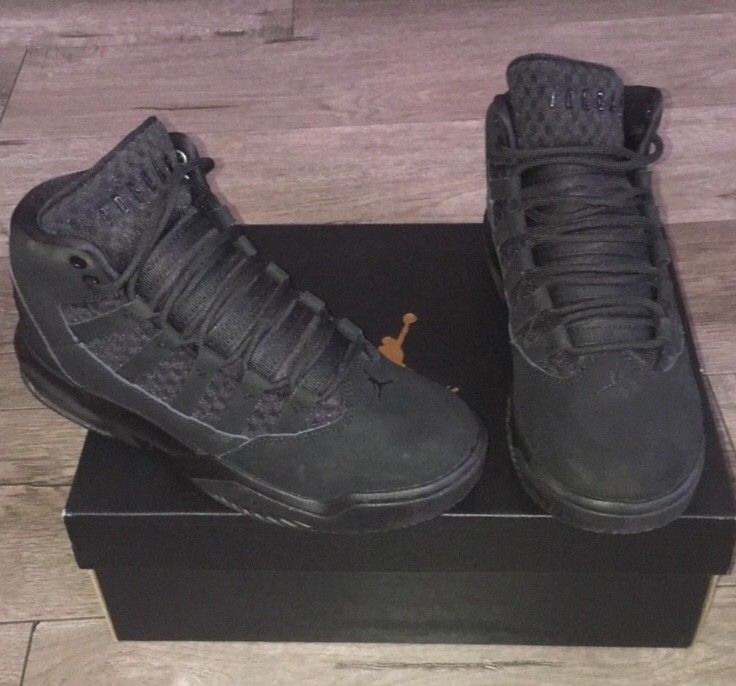 jordan max aura   Black. Size kids  4 in perfect condition only worn once   fashion  clothing  shoes  accessories  mensshoes  athleticshoes (ebay link) 0ff7b9bcc