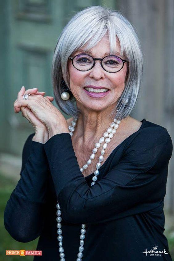 Top Kurzhaarschnitte für Frauen über 60 mit feinem Haar ...