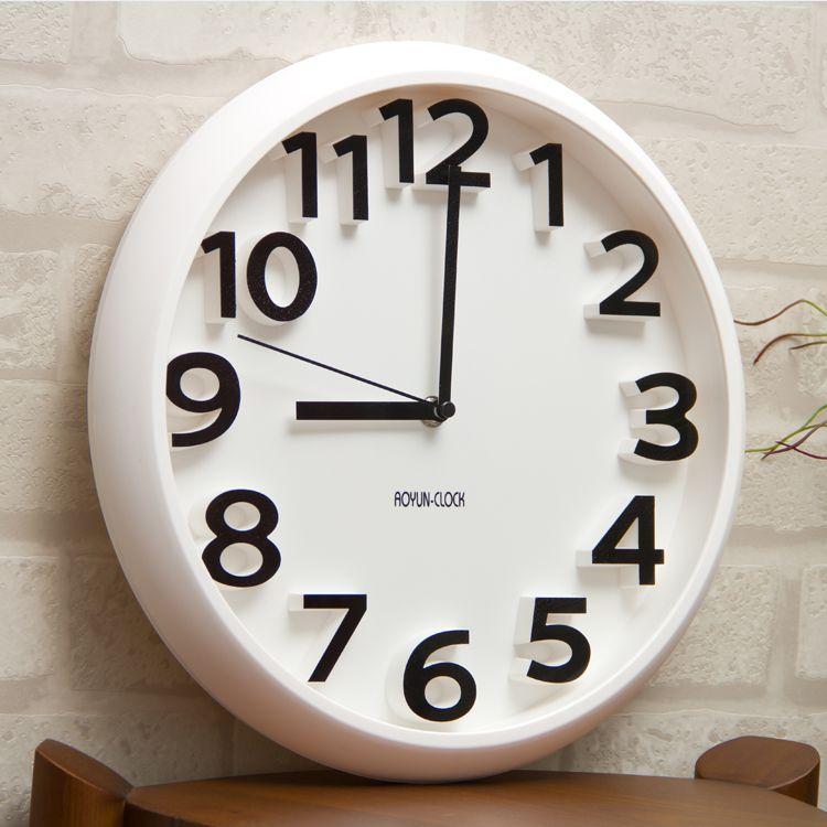 19 Inspiring Wall Clocks For Living Room Decor