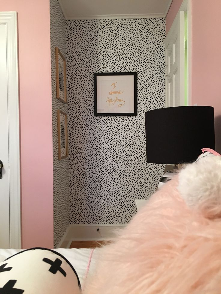 Colors For the Small Bedroom – Black and White Eternity For the Small Bedroom -   14 room decor Black polka dots ideas