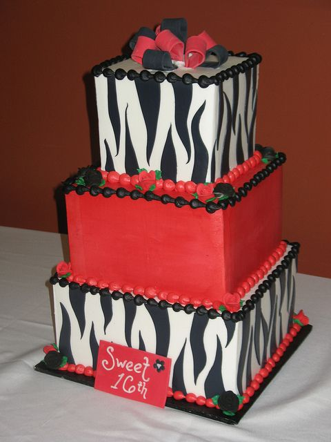 Sweet 16 Cake by Beautiful Cakes, via Flickr