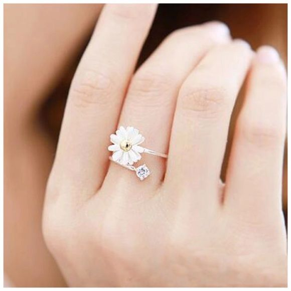 1Day Sale! Ring Color: Silver Quantity: 1pcs Condition: New Material: Zinc Alloy Jewelry Rings