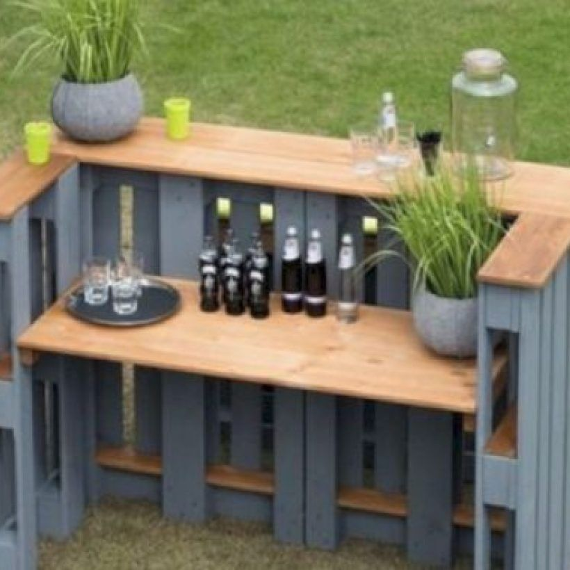 52 Diy Outdoor Pallet Furniture Ideas For Your Dream House Garden Bar Bar Made From Pallets Pallet Furniture Outdoor
