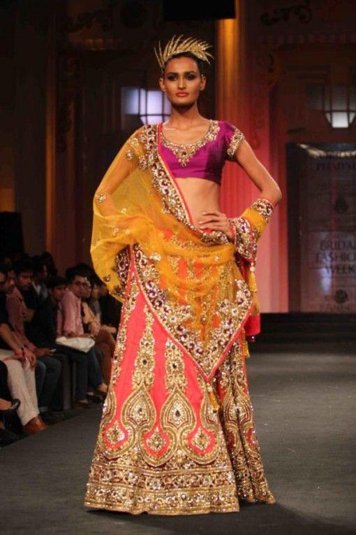 Aamby Valley India Bridal Fashion Week 2012 Vikram Phadnis Indianweddingsite Com Blo Indian Bridal Outfits Indian Women Fashion Indian Bridal Lehenga