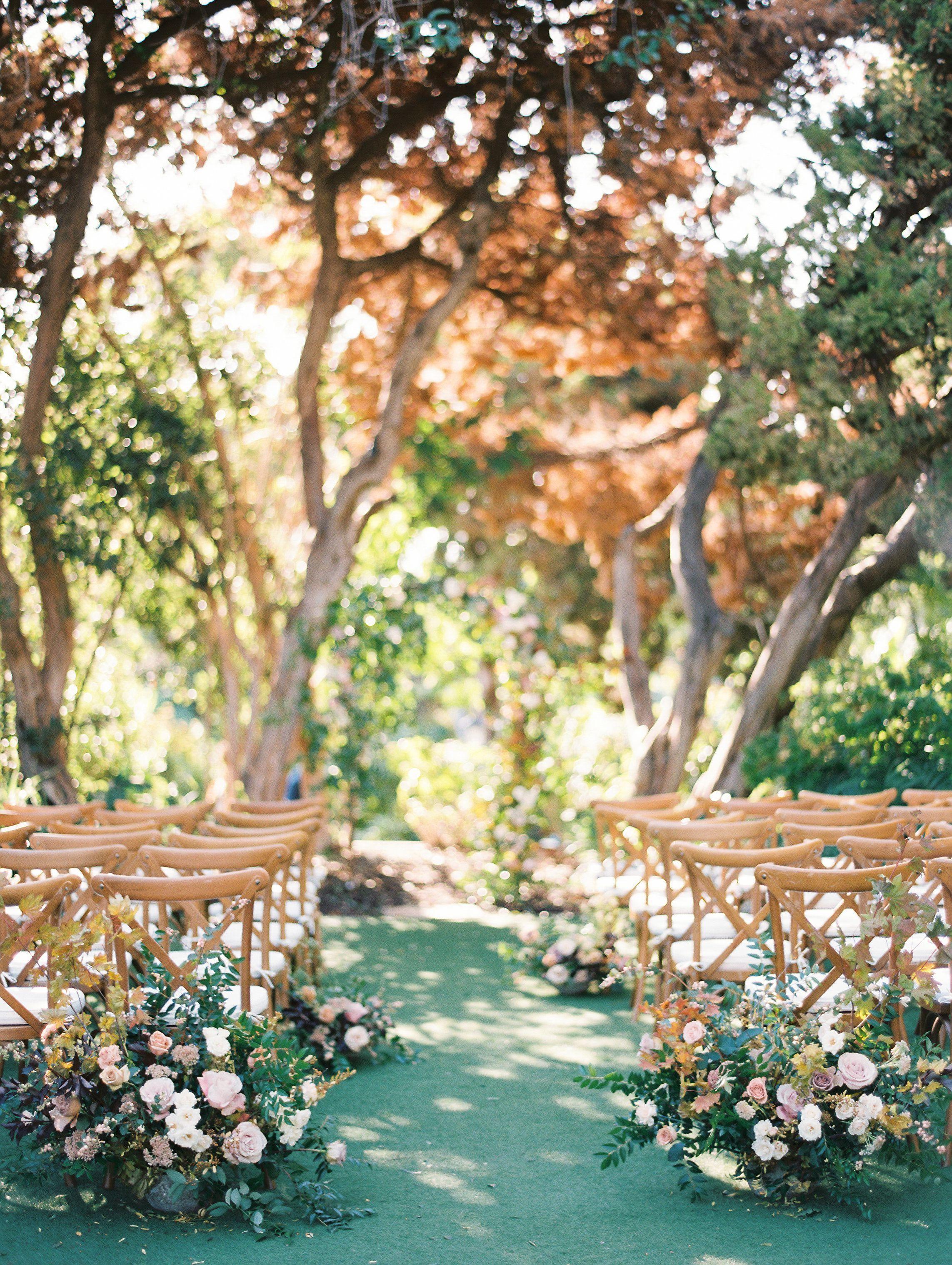 Traditional wedding decor ideas 2018  weddingtips  Enchanted Wedding Ideas  Tips in   Pinterest