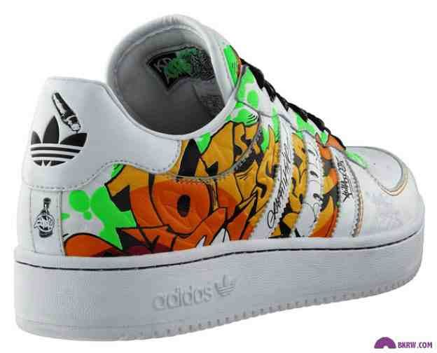 Impresionismo Arado agudo  Zapas Adidas Graffiti | Foot locker, Zapatillas adidas, Me too shoes