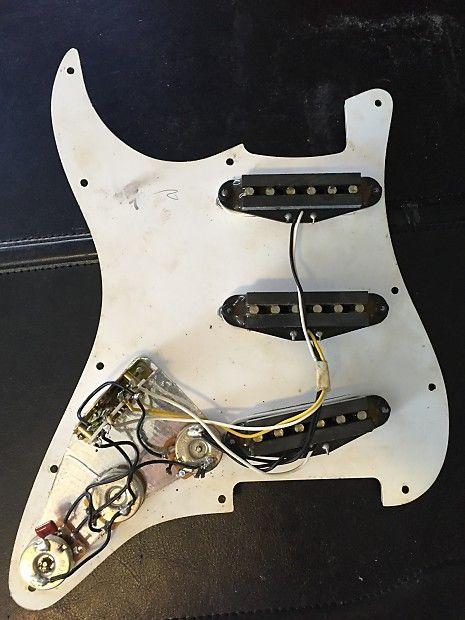 Fender Standard Stratocaster Loaded Pickguard 1995 White Reverb
