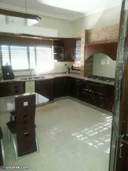 شقة في خلدا مقابل فندق سدين للبيع طابق ثالث مع روف مساحة الشقة مع الروف 260م