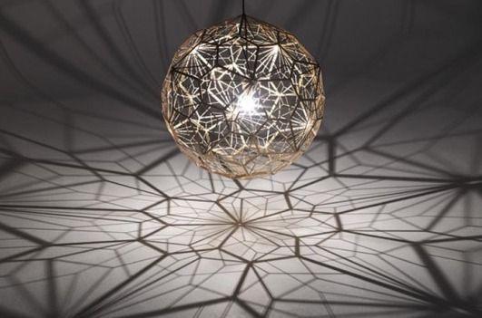 Tom Dixon S Etch Light Web Projects Amazing Geometric Shadows Pendant Light Design Unique Lighting Tom Dixon Pendant Lamps