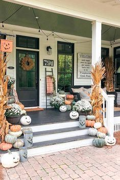 Porch Décor With Pumpkins #outdoordecor #homedecor  Explore DIY fall decoration... - Fall decor ideas for the porch - #decor #Decoration #DIY #Explore #fall #Falldecorideasfortheporch #homedecor #Ideas #outdoordecor #porch #Pumpkins #falldecorideasfortheporchoutdoorspaces