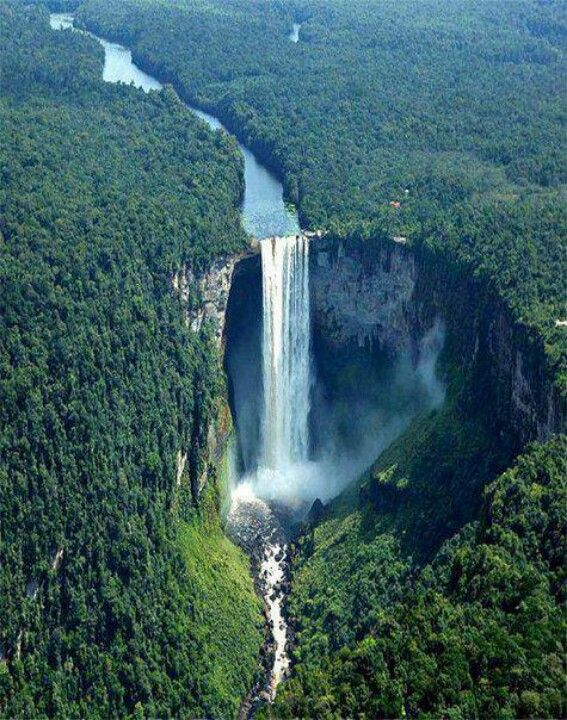 Kaietuer falls, Guyana, South America.
