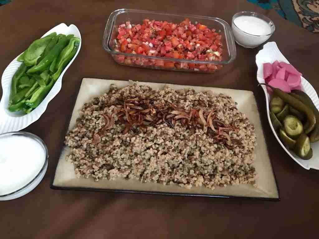 مجدرة أكلة مقدرة مع سلطة فلاحي يميييييي زاكي Recipe Main Dishes Dishes Meat