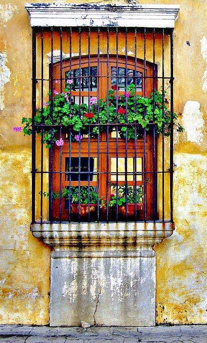 Antigua guatemala ajijic m xico pinterest guatemala for Puertas coloniales antiguas