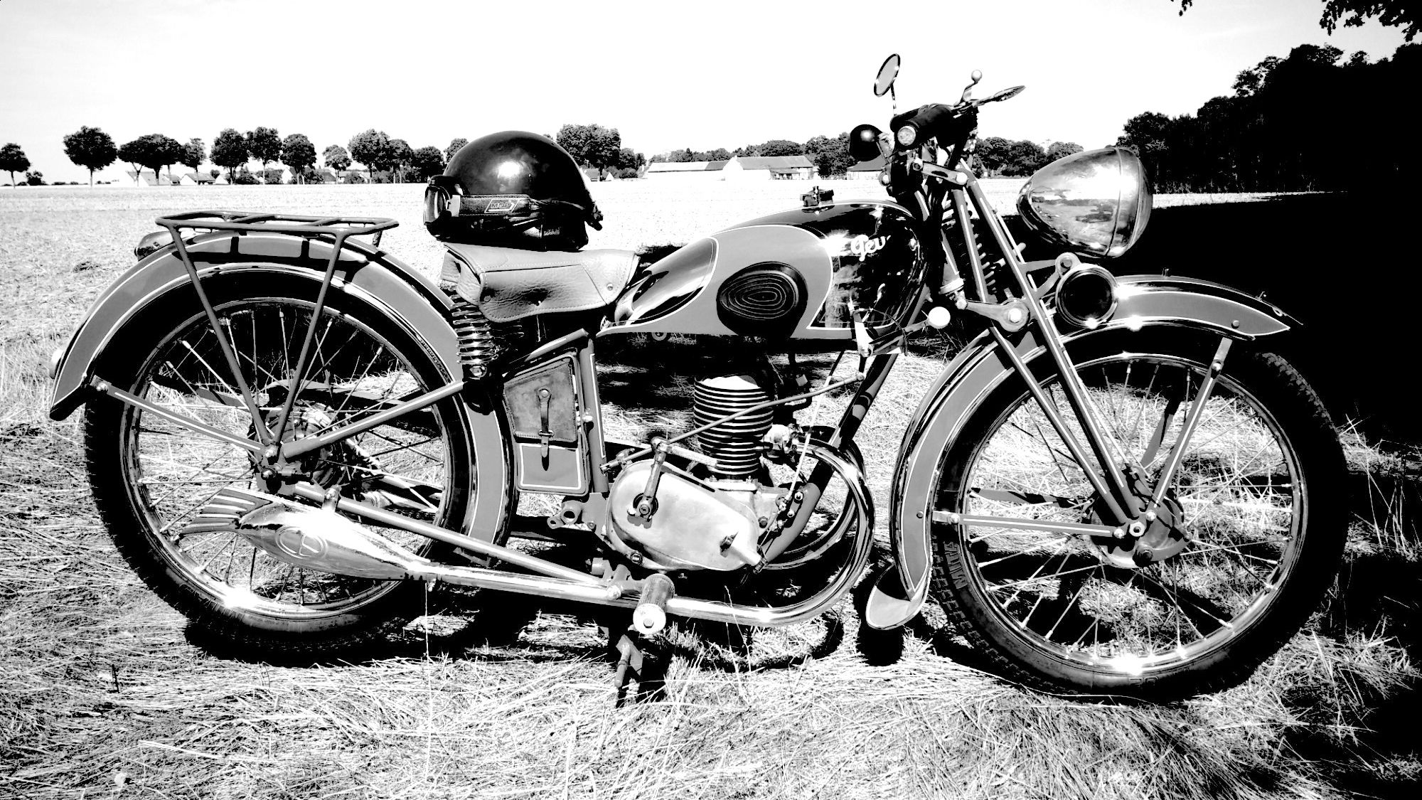 Épinglé par Nikos sur Ό,τι θέλω να αγοράσω | Motos, 125cc