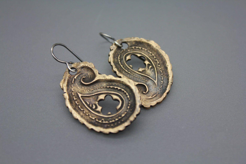 Bronze Earring, Paisley Earrings, Mixed Metal Jewelry, Statement Earrings, Unique Earrings, Funky Earrings, Paisley, Asymmetrical Earrings #metaljewelry
