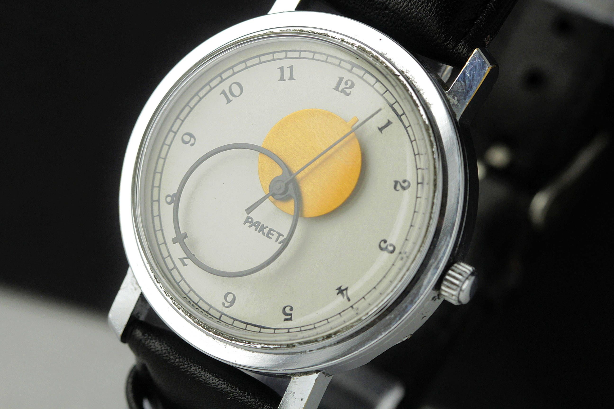 condition great img revue movement watches blind in calibre blinds watch the for guy is service