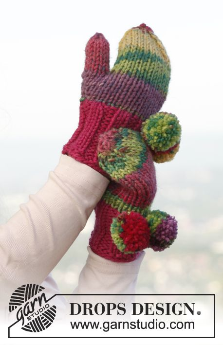 Knitted DROPS mittens for children in \