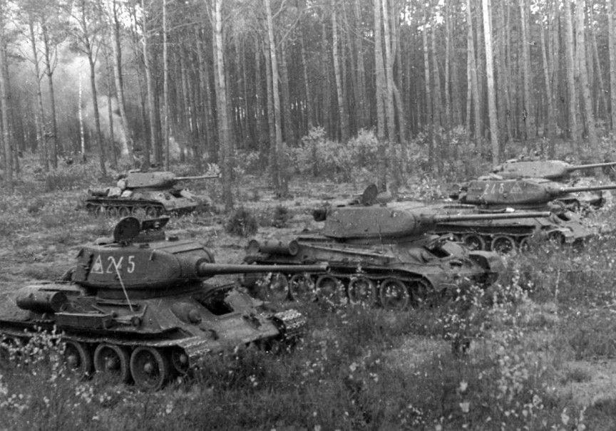 фото ВОВ Т-34-85 советского 3-го танкового корпуса. Машина ...