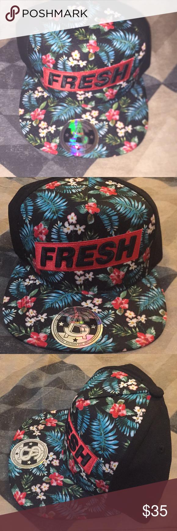 8d295d78681 Men s Fresh Floral Snapback (Hat) In very good condition!! Men s Floral  Breeze Hat Floral front Solid Black back Original fit Red White Black Blue   Green ...