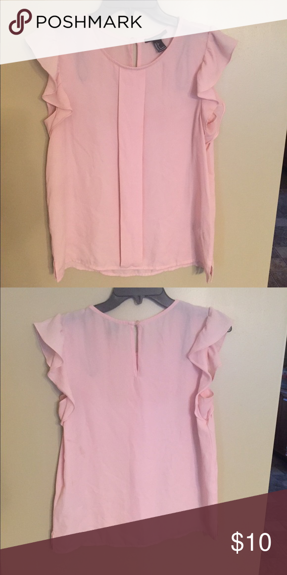 Light pink ruffled sleeve blouse Adorable light pink ruffled sleeve blouse. Great to dress up or dress down. Only worn once Forever 21 Tops Blouses