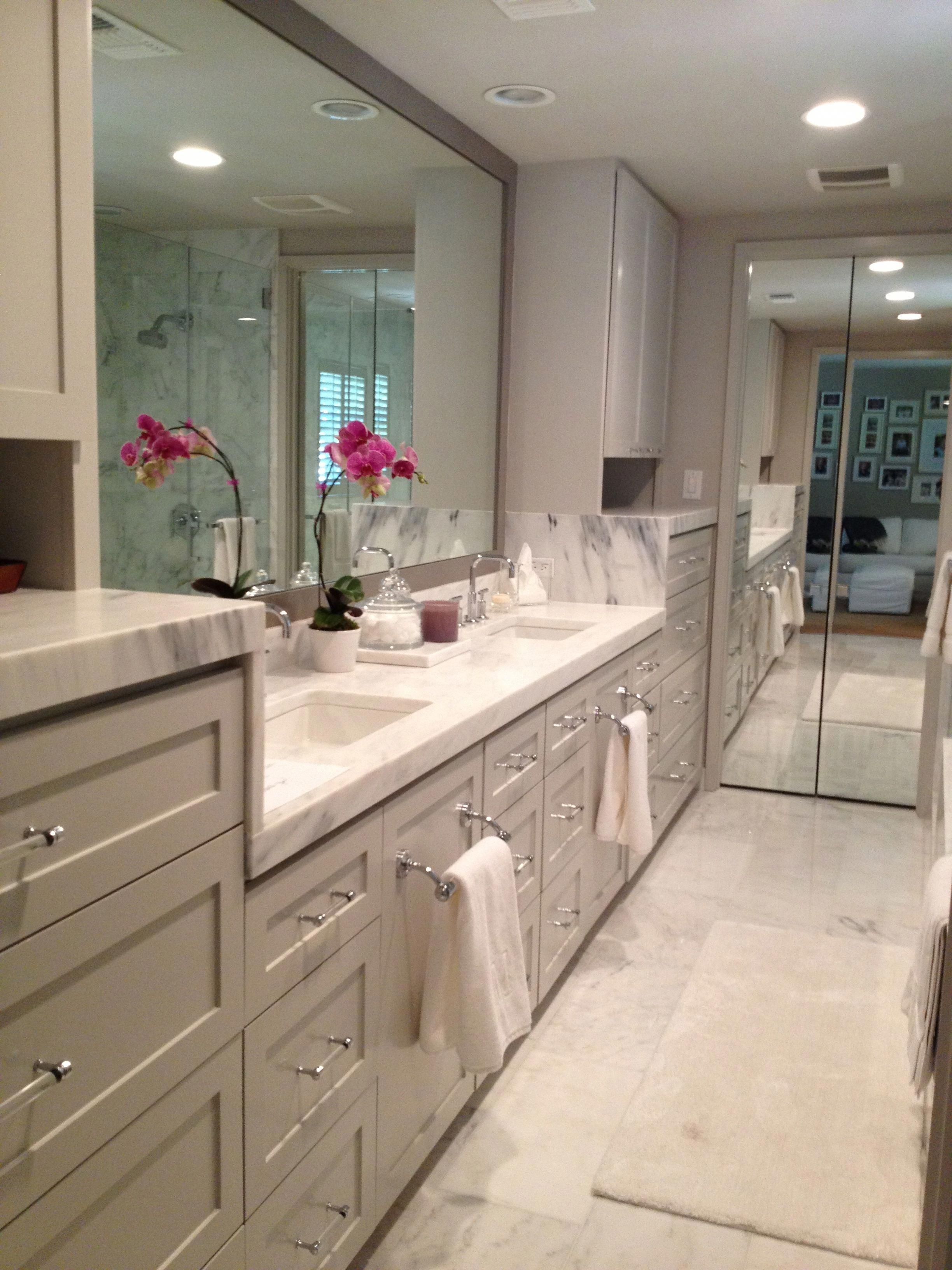 Double Bathroom Vanity Designs Ideas - Brown and also White Double