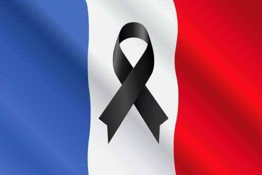 La France en deuil #attentatsdeparis drapeau francais tricolore ...