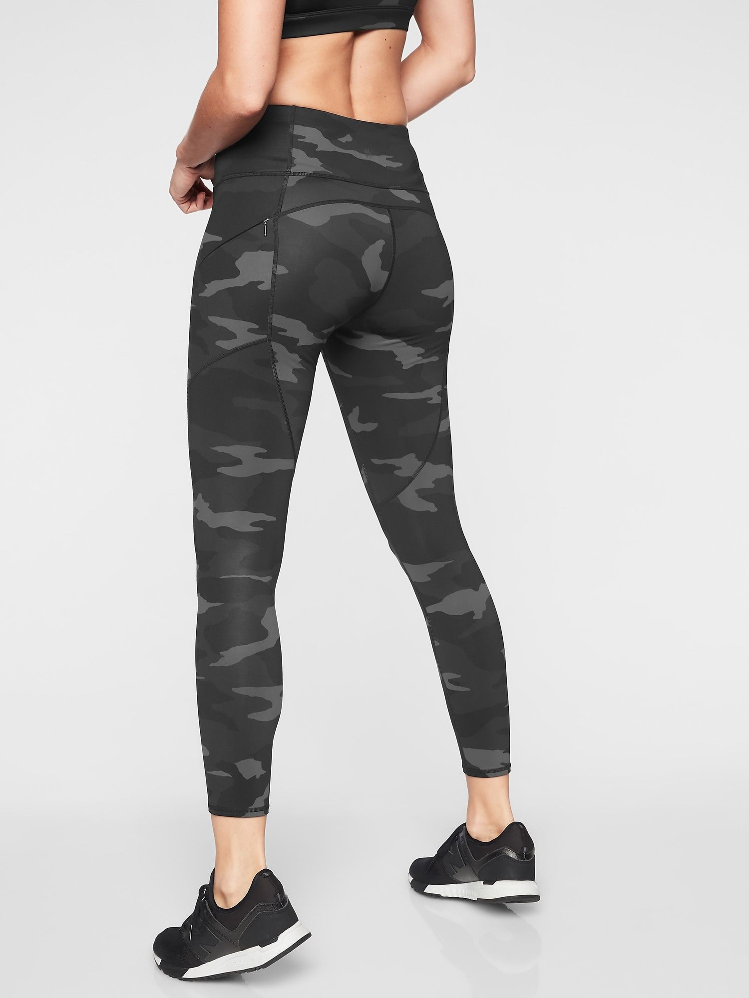 Camo Contender 7 8 Tight In Powerlift Athleta Camo Leggings Outfit Sporty Outfits Camo Leggings