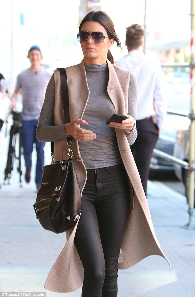 Kendall Jenner walks Beverly Hills in a professional-style outfit #dailymail