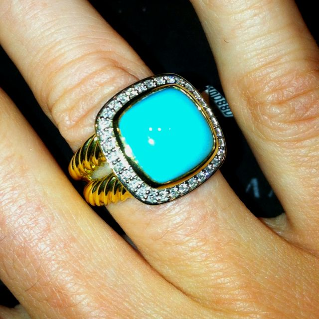 David Yurman, Turquoise Gold Ring. I think this could count as a nontraditional engagement ring? Someone forward this to Rob quick! ;)