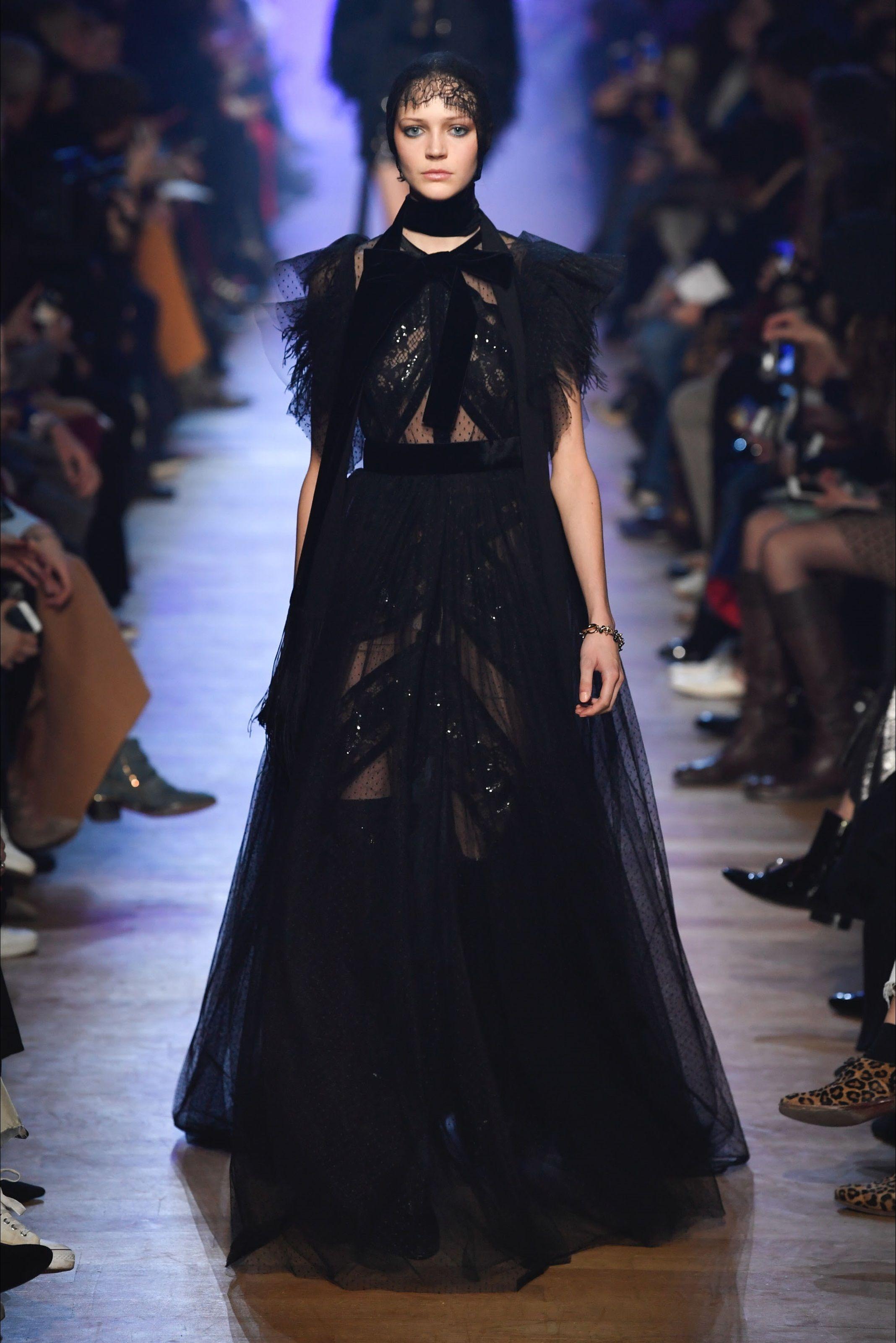 58d9c1a54ebf Sfilata Elie Saab Parigi - Collezioni Autunno Inverno 2018-19 - Vogue
