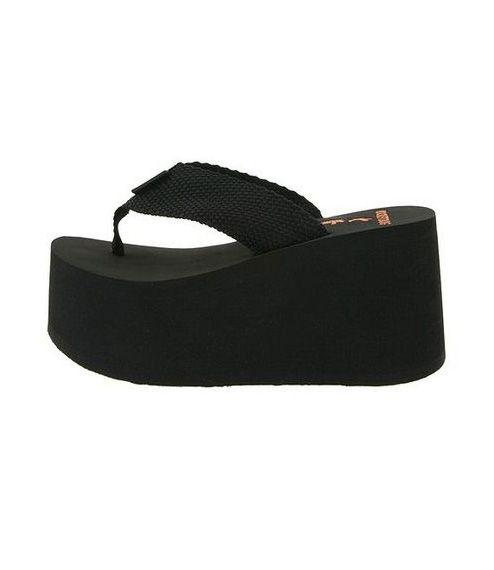 b9916f18ddae platform sandals Early 2000s