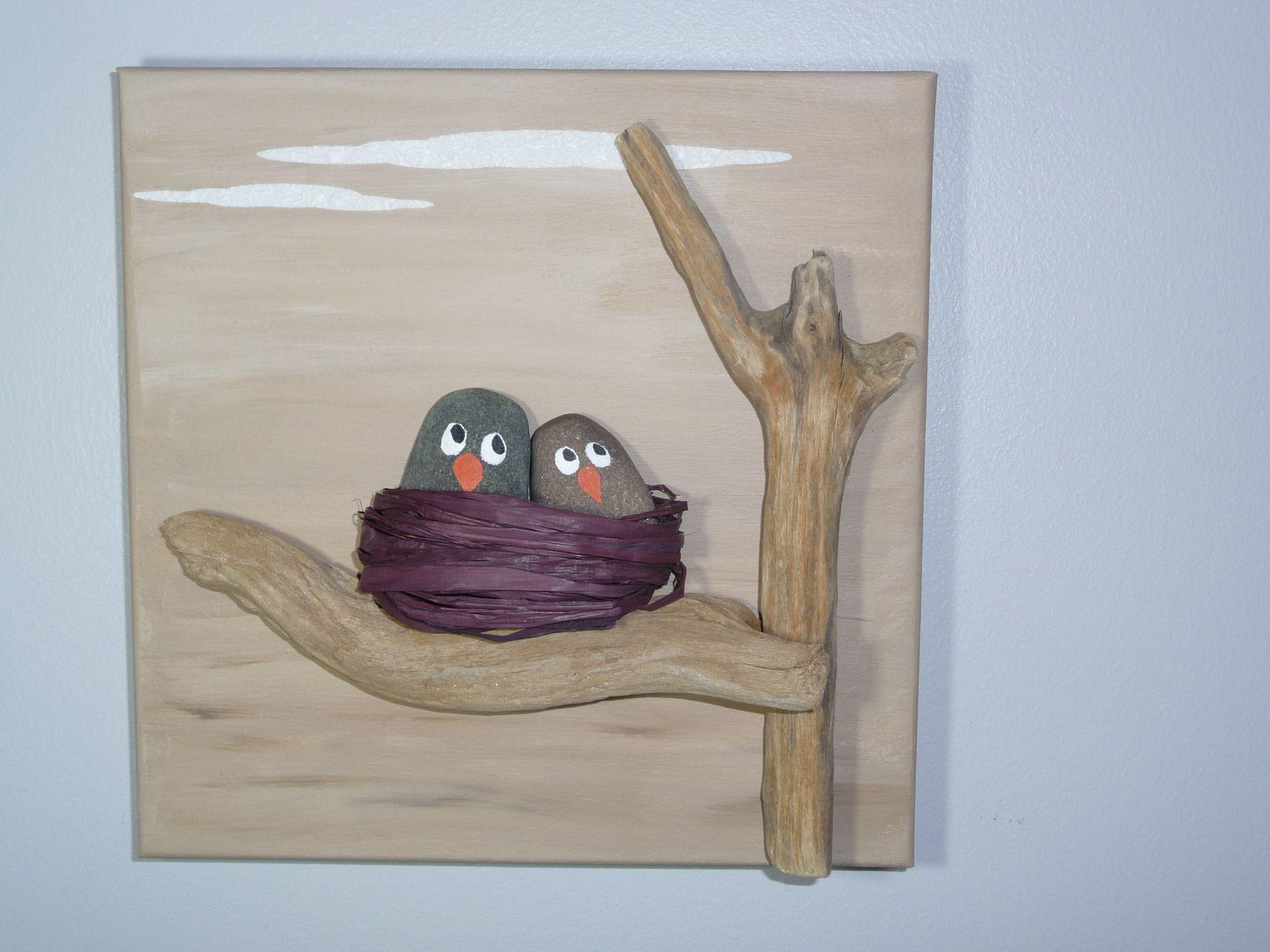 Cadre 3D oisillons dans le nid galets peints bois flotté peinture ...