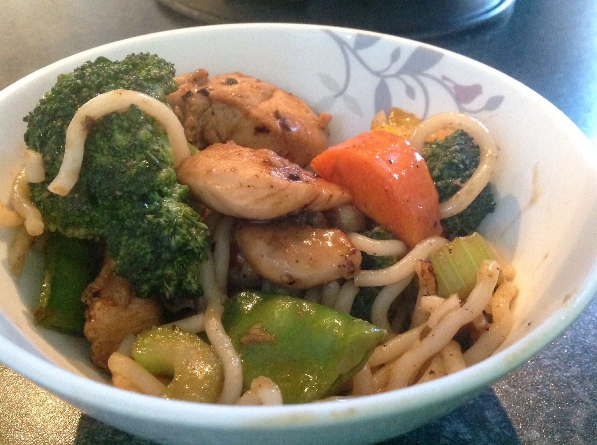 How to Cook a Honey Soy and Garlic Chicken Stir Fry