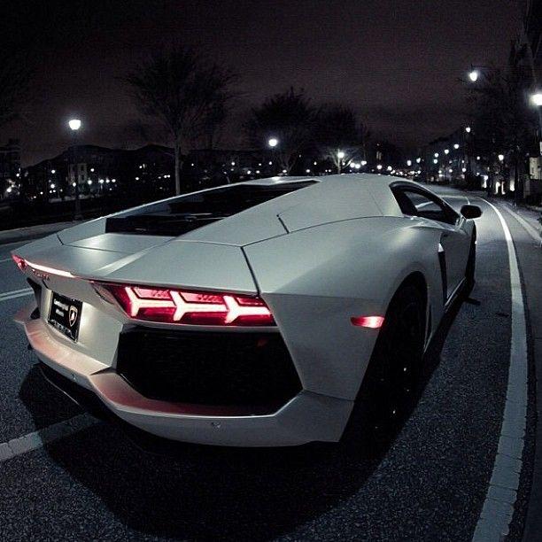 Close up Baby! Lamborghini Aventador LP-700