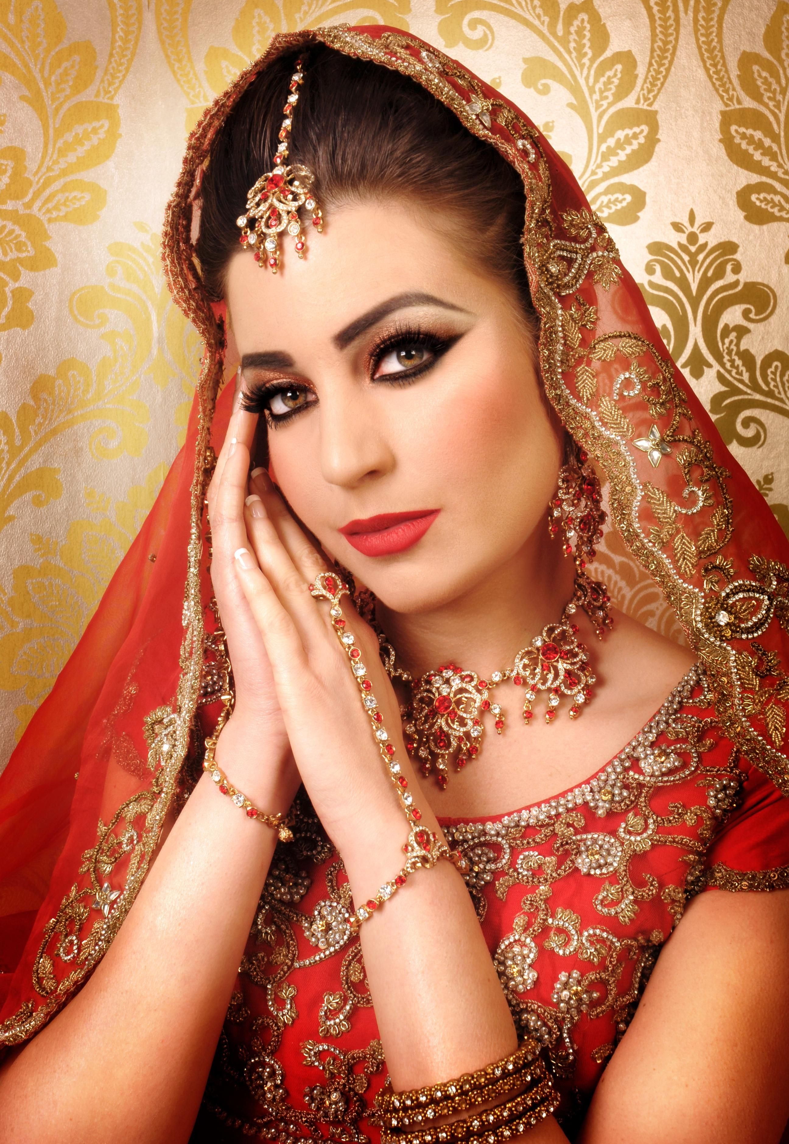 asian brides AsianBrideLondon.jpg Indian beauty