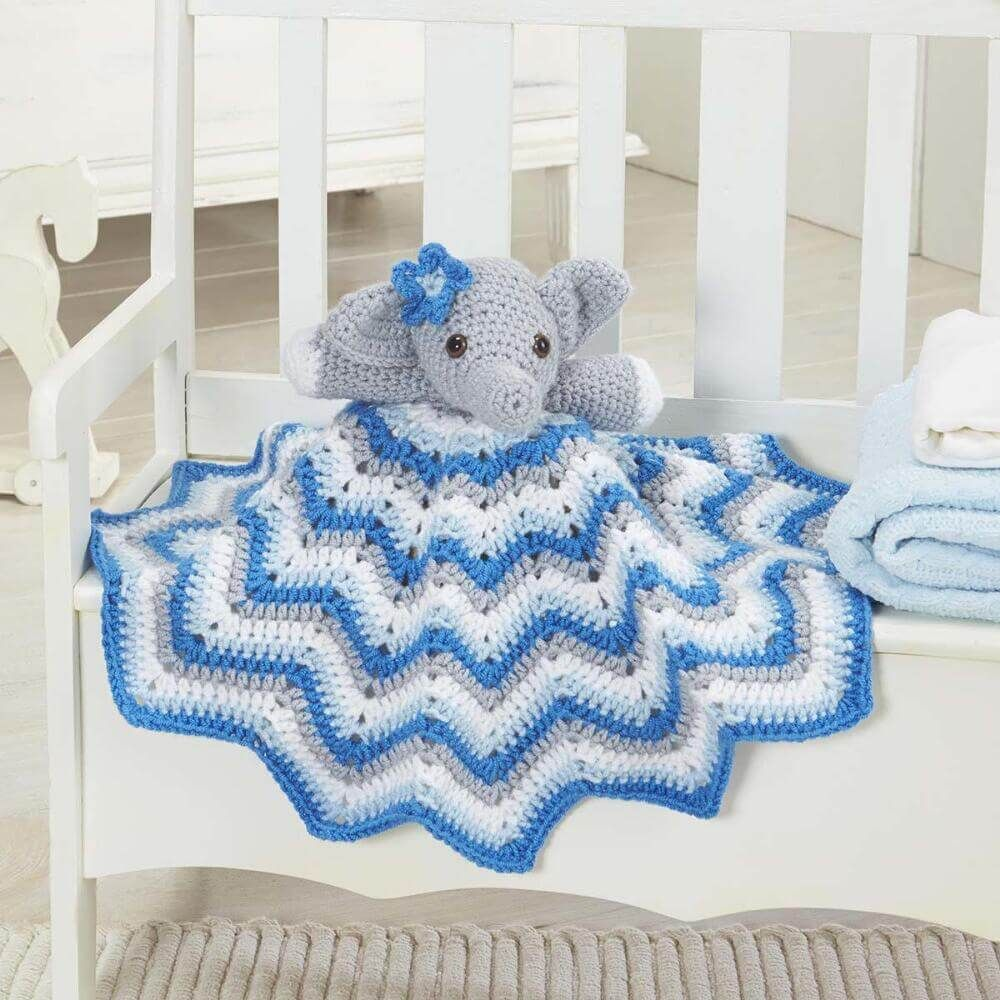 This delightful crochet Stella lovey blanket is perfect for ...