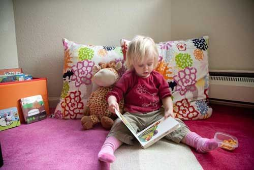 """Create a """"Quiet Corner"""" for reading in the living room.  Big pillow, books, spec…"""