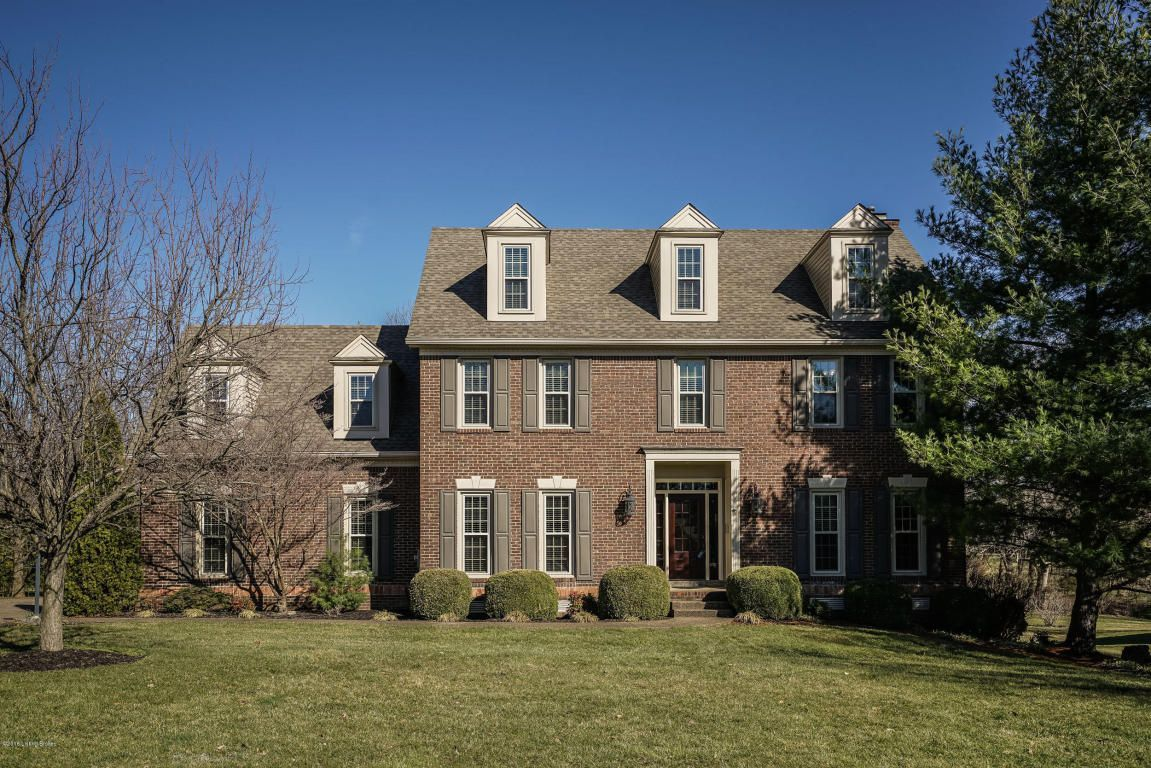 Property 2405 willowbrook prospect 40059 has 5 bedrooms