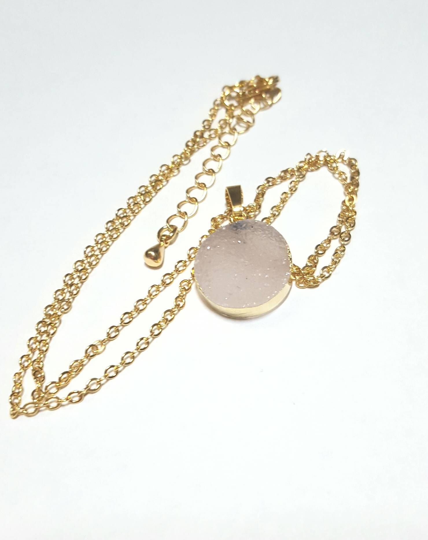 Druzy round pendant necklace natural grey drusy pendant on gold druzy round pendant necklace natural grey drusy pendant on gold chain natural druzy pendant aloadofball Image collections