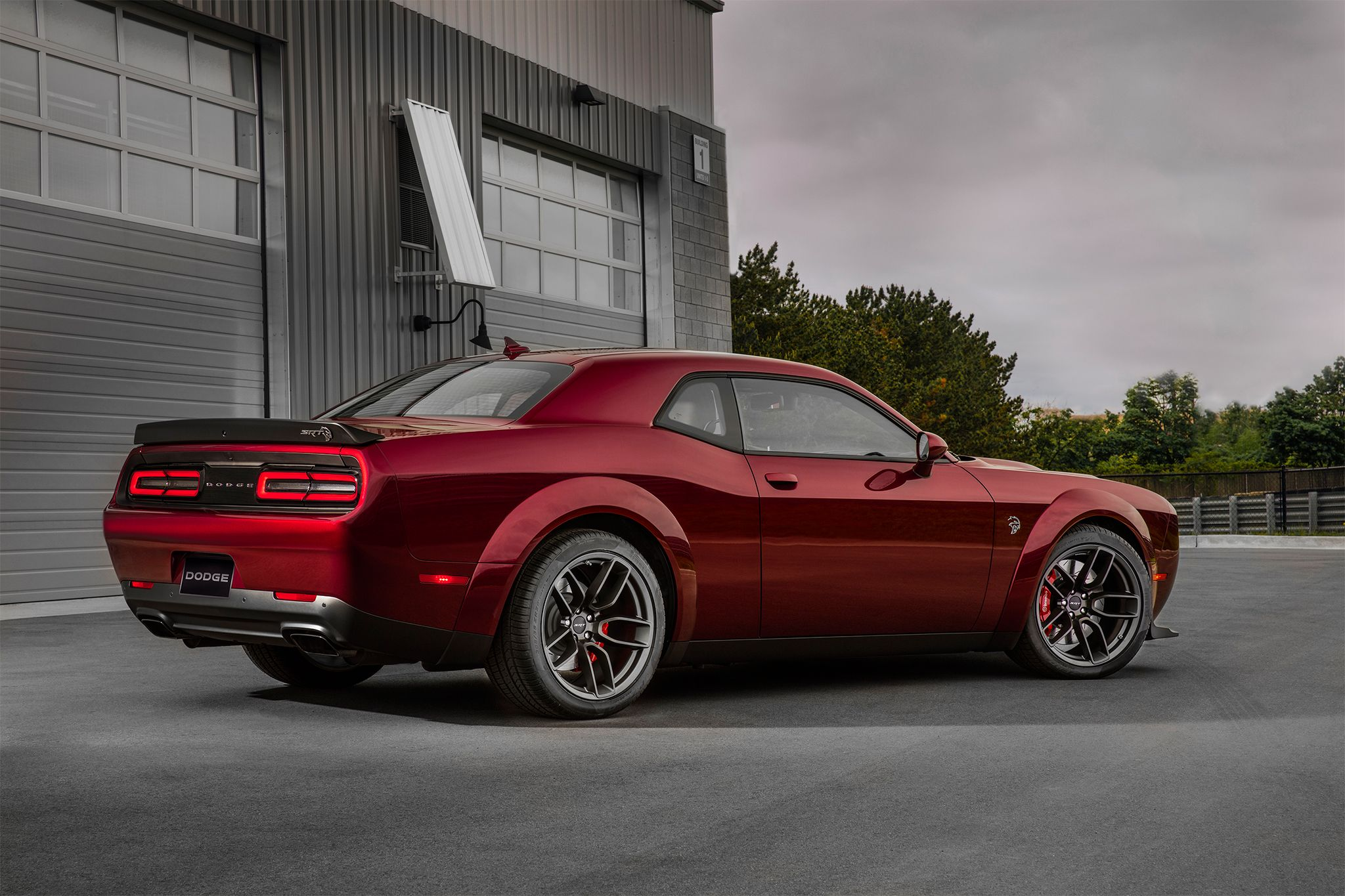 2018 dodge challenger srt hellcat widebody is a demon doppelganger http www