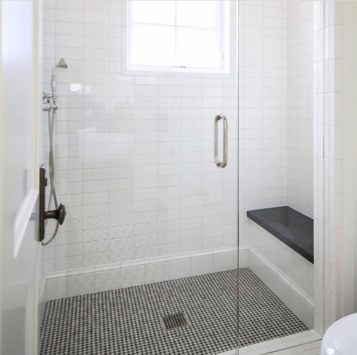 We Could Use The Marble Mosaic Tile With Black Accents That You