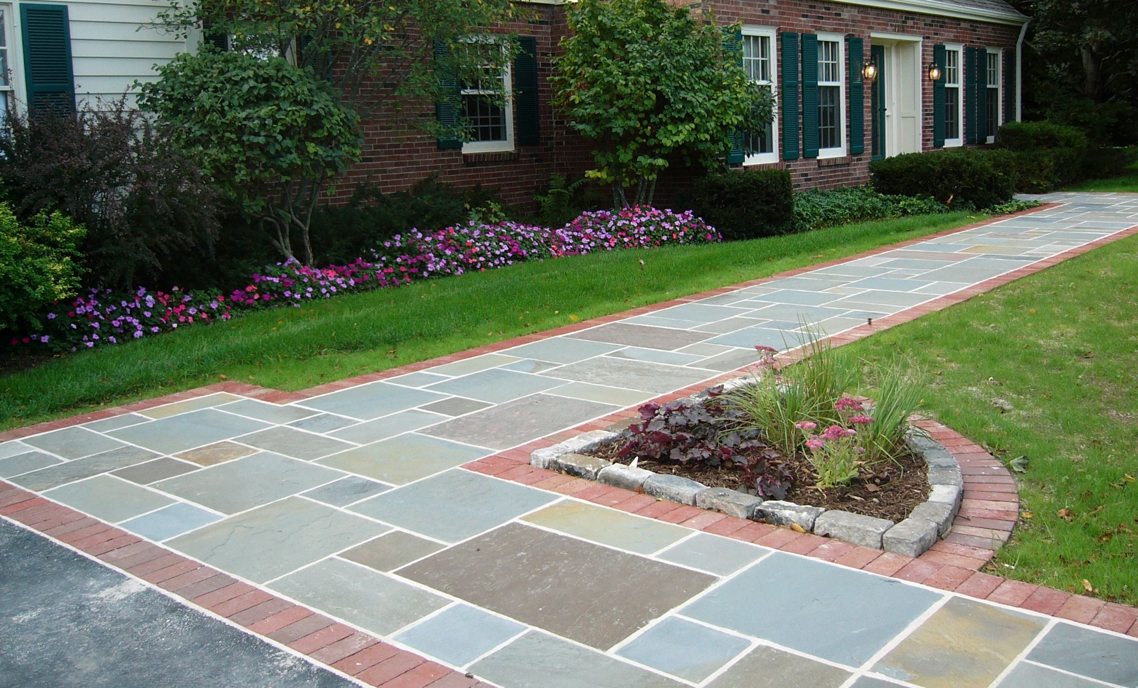 Bluestone Full Range Entryway With Belden Brick Edging