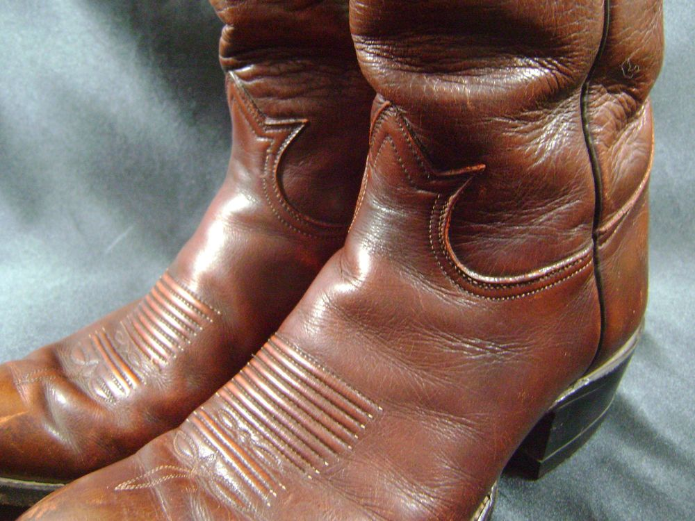 TONY LAMA Men's Size 9.5 D Western Cowboy Brown Leather Boots Vintage Style 5084