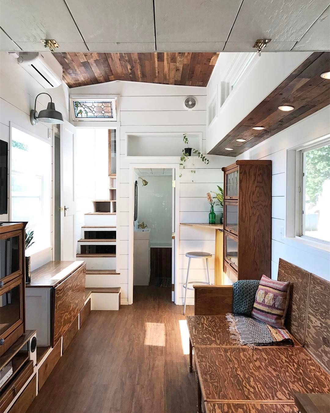 1 093 Likes 79 Comments Shalina Hertinyhome On Instagram I M Overwhelmed What An Amazing Day Sharin Tiny House Loft Small Tiny House Tiny House Plans