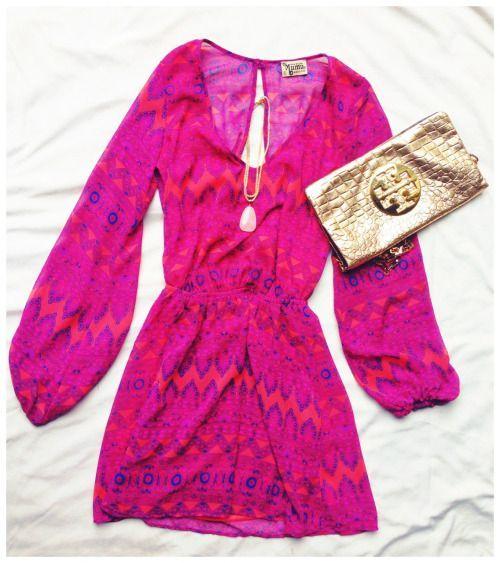 @showmeyourmumu dress with a @kendra_scott necklace!