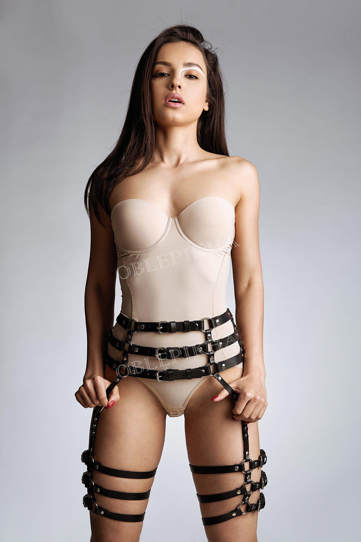 Xxx nude images of amanda