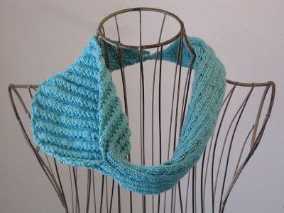 Calla Lily Knitting Pattern